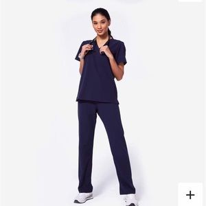FIGS scrubs - Navy Livingston pants, Catarina top